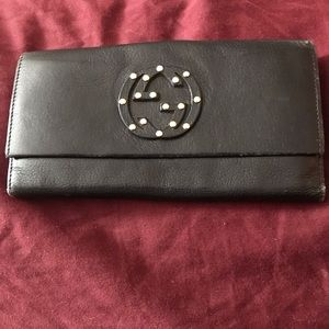 GUCCI Soho Wallet w/studs